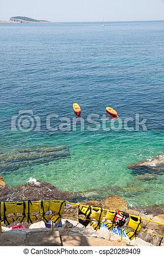 Croatian coast - csp20289409