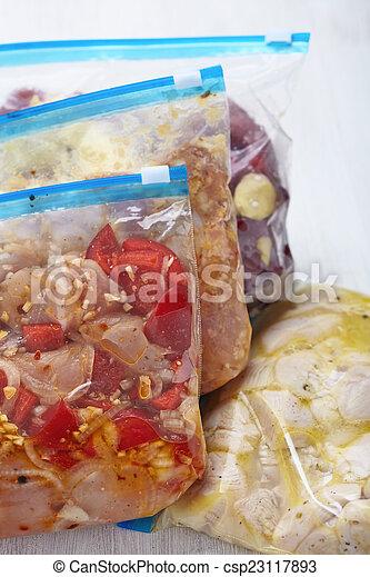 crockpot, kurczak, posiłki, zamrażarka - csp23117893