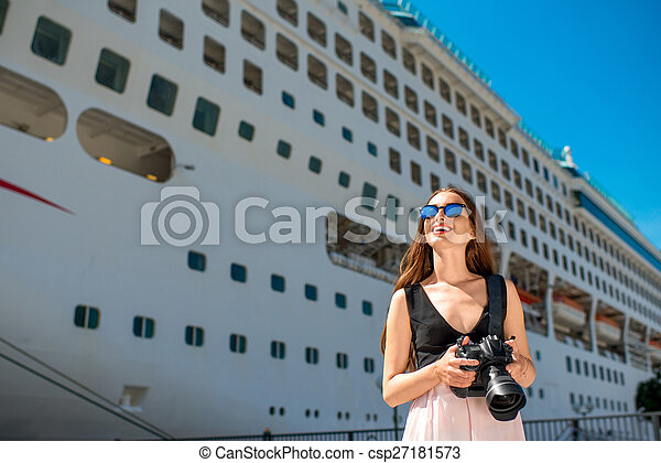 croisière, grand, femme, touriste, paquebot - csp27181573