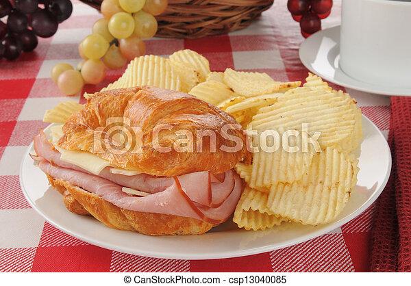 Croissant Sandwich - csp13040085