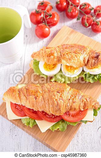 croissant sandwich - csp45987360