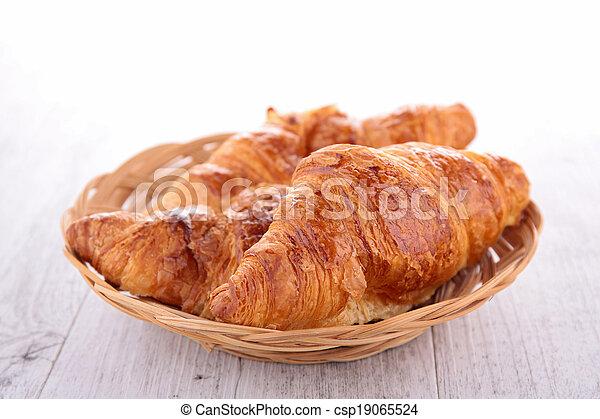 croissant - csp19065524