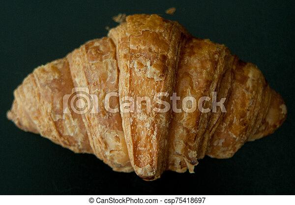 croissant - csp75418697