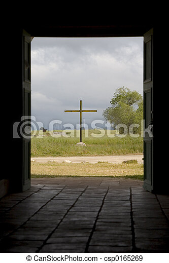 Cross Through Doorway. - csp0165269