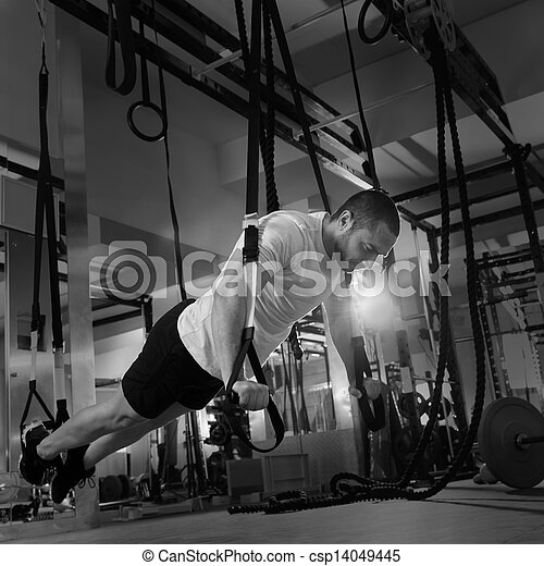crossfit, séance entraînement, trx, fitness, poussée, augmente, homme - csp14049445