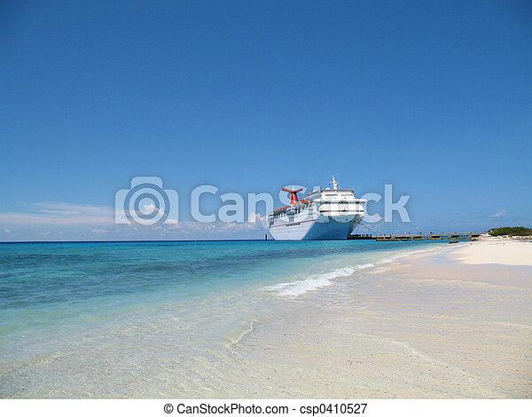 Cruise Ship in Port - csp0410527