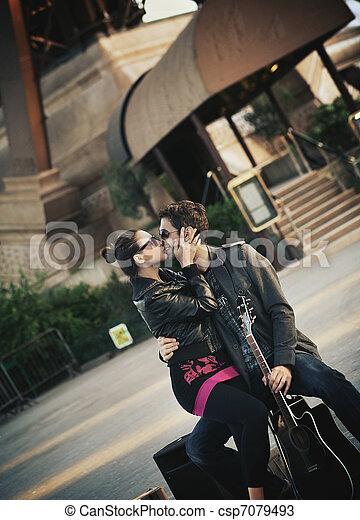 csókolózás, párosít, fiatal, jelentékeny - csp7079493