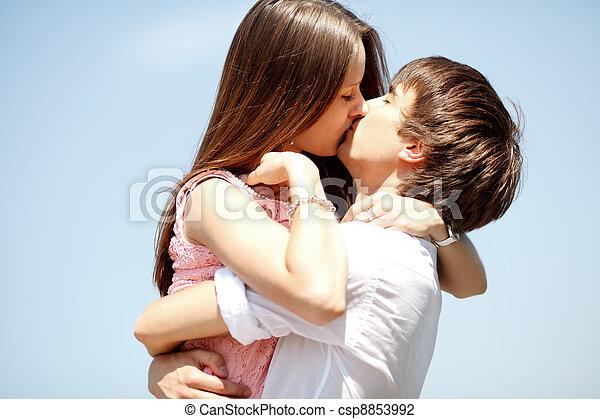 csókolózás, párosít - csp8853992