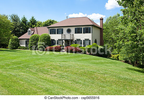 család, épület, külvárosi, francia, hegyoldal, egyedülálló, elülső - csp5655916
