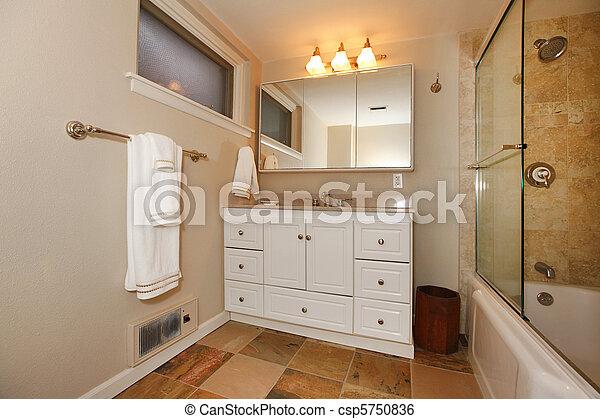 Cuarto de baño, clásico, beige, sótano, blanco, lujo.