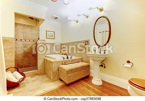 Cuarto de ba o madera dura moderno piso ducha for Piso ducha bano