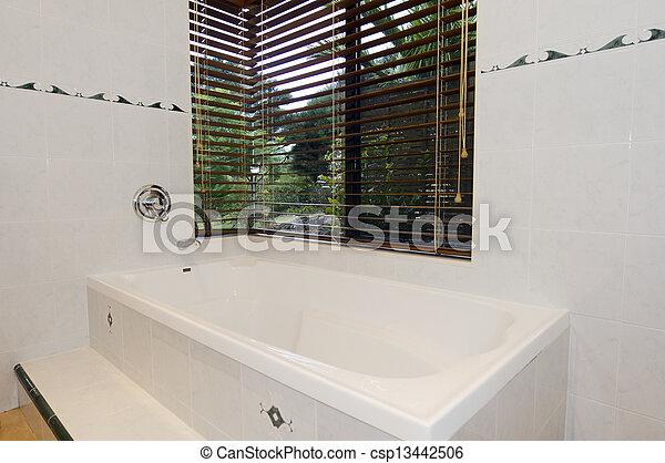 Cuarto de baño, moderno, azulejos, blanco, ventana.