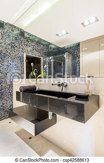Cuarto de baño, moderno, azulejos, mosaico. Cuarto de baño ...