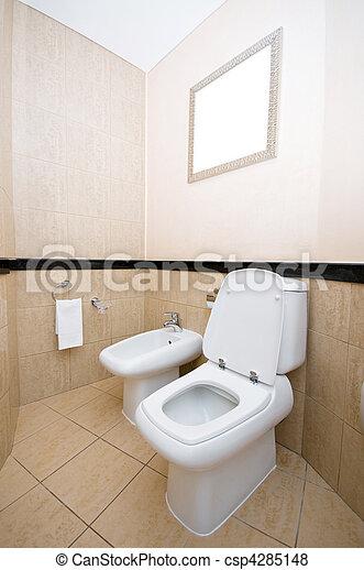 En el baño - csp4285148