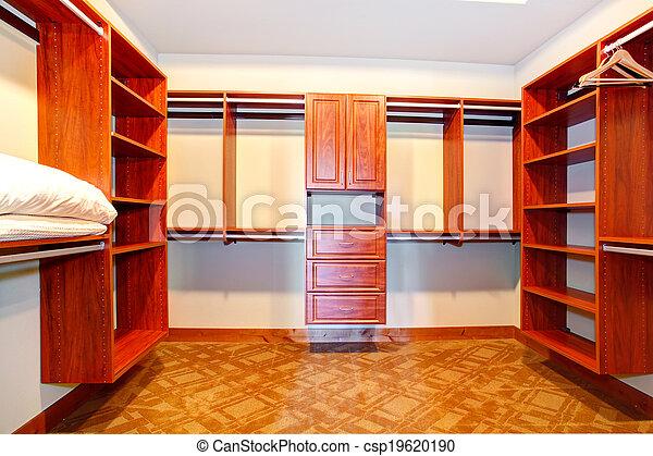 Cuarto de baño, walk-in, armario. Cuarto de baño, shelves., armario ...