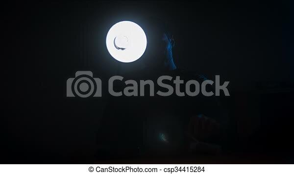 Emejing Cuarto Oscuro Videos Images - Casas: Ideas, imágenes y ...