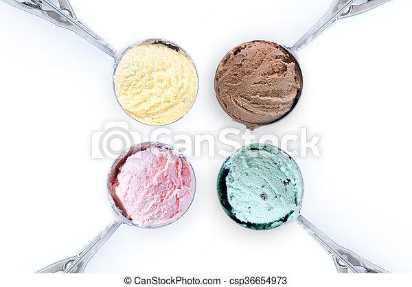 Bolas de helado - csp36654973