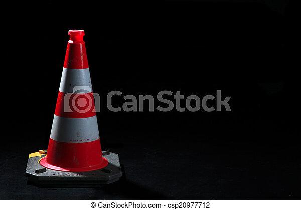 Conos de tráfico - csp20977712