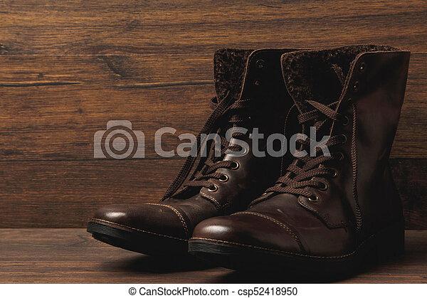 Botas de cuero - csp52418950