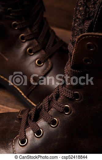 Botas de cuero - csp52418844
