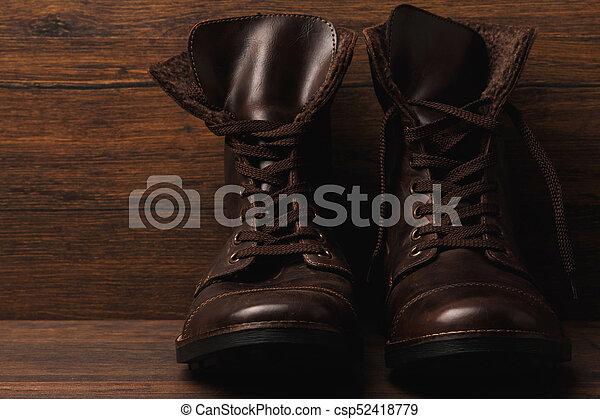Botas de cuero - csp52418779