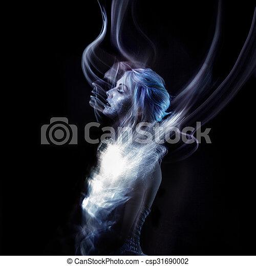 Chica inusual con maquillaje de moda brillante, arte corporal creativo en el espacio y las estrellas. - csp31690002