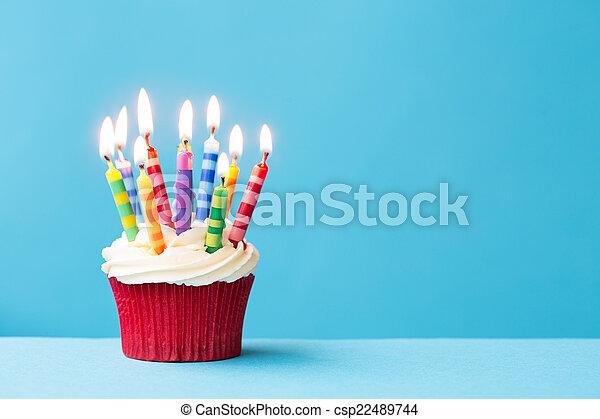 cumpleaños, cupcake - csp22489744