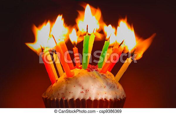 cumpleaños, cupcake - csp9386369