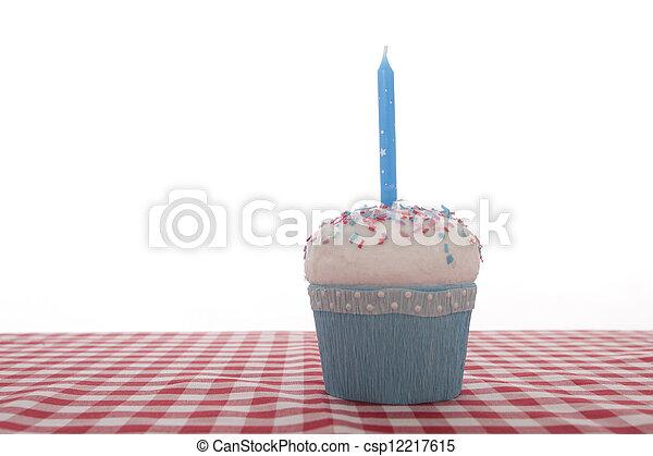 cumpleaños, cupcake - csp12217615