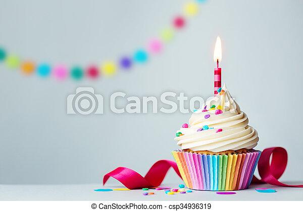 cumpleaños, cupcake - csp34936319