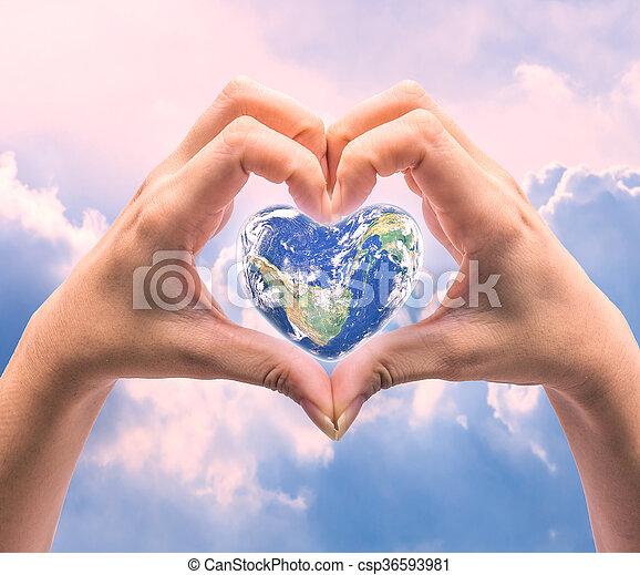 cuore, naturale, background:, ammobiliato, questo, sopra, sfocato, forma, nasa, salute, mani umane, mondo, donne, immagine, giorno - csp36593981