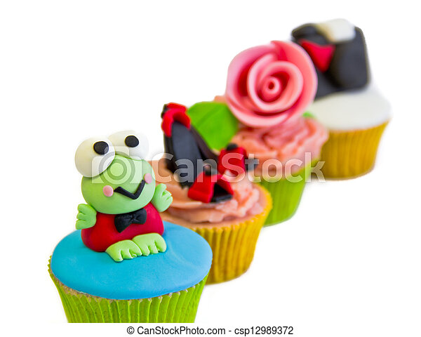 cup cakes - csp12989372