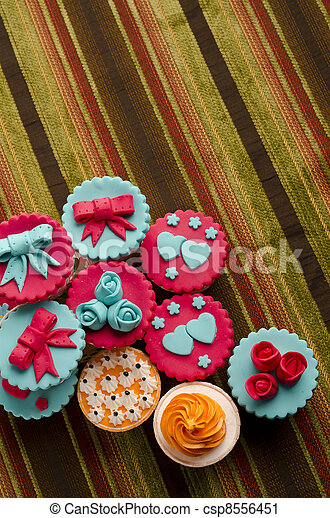 cup cakes - csp8556451