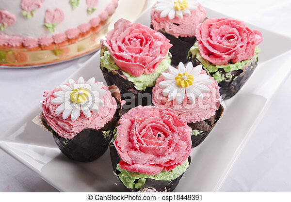 Cup cakes - csp18449391
