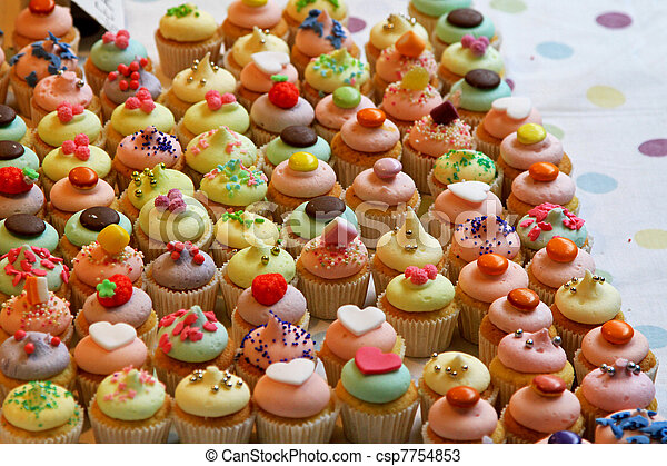Cup cakes - csp7754853