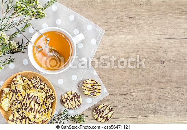 Cup of tea, chocolate, delicious nutritious cereal breads - csp56471121