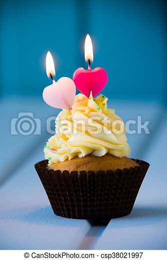 Stupendous Birthdays Cake Cupcake With A Heart Shaped Candles For 2 Funny Birthday Cards Online Barepcheapnameinfo