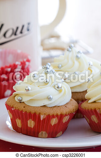 Cupcakes - csp3226001