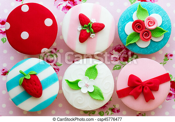 Cupcakes - csp45776477