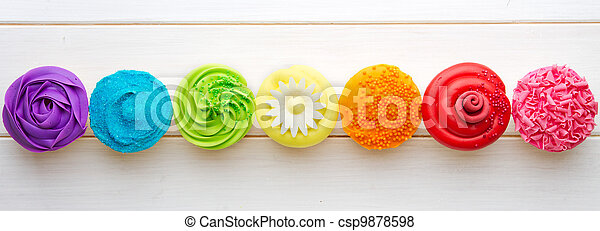 Cupcakes - csp9878598