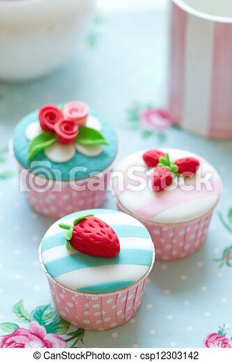 Cupcakes - csp12303142