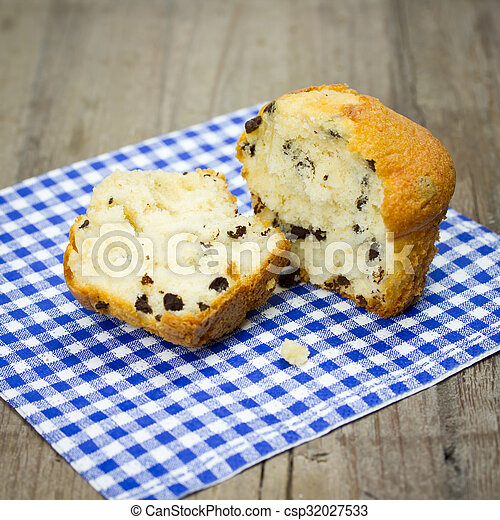 cupcakes - csp32027533