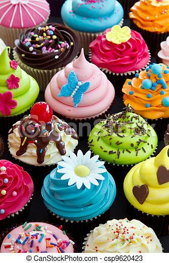 Cupcakes - csp9620423