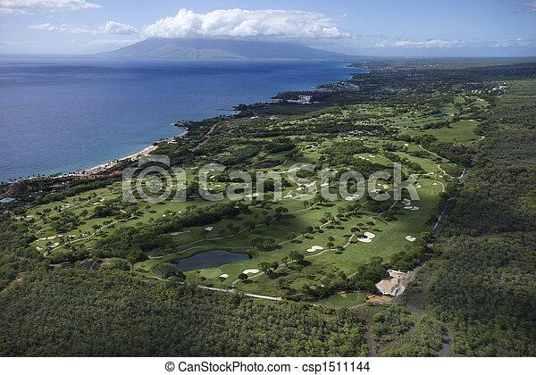 Curso de golf en Maui. - csp1511144