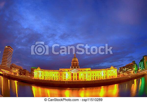 Custom House on the river Liffey in Dublin fish-eye at night. - csp11510289