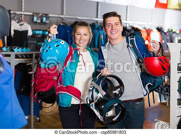 customers are choosing travel gear - csp85981803