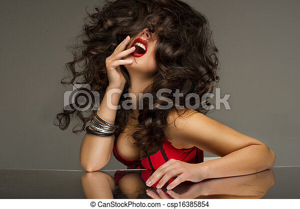 Cute brunette posing - csp16385854