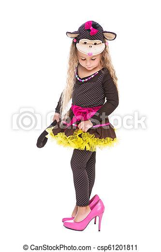Cute little girl - csp61201811