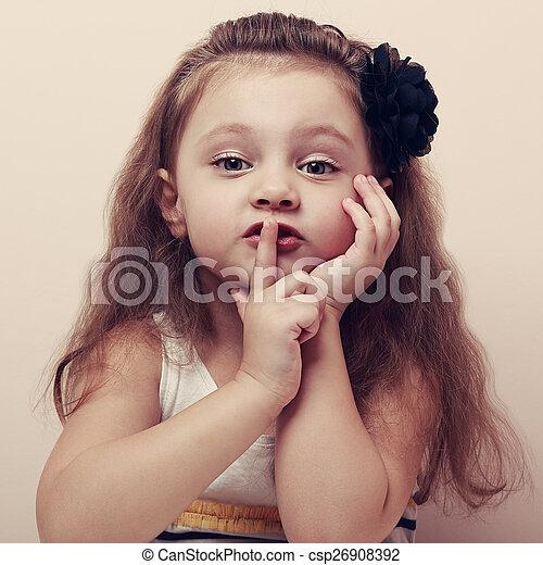 cute, silencioso, lips., mostrando, sinal, dedo, vindima, pequeno, criança - csp26908392