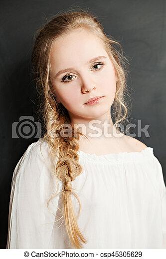 Cute Teen Girl With Blond Hair Csp45305629